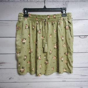 Pull&Bear floral skirt green 🍃
